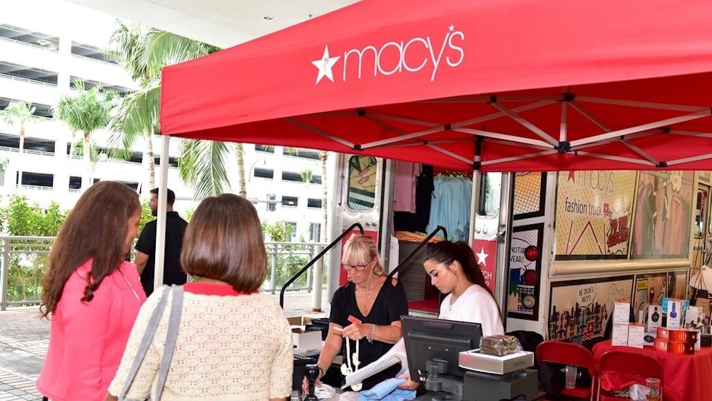 7435 Macys Popup Store