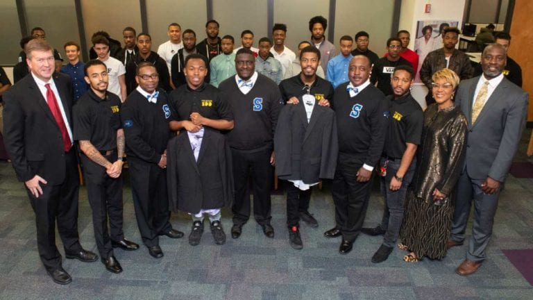 East St. Louis Alumni Chapter of Phi Beta Sigma Fraternity Helps SIUE Students Look Business Ready